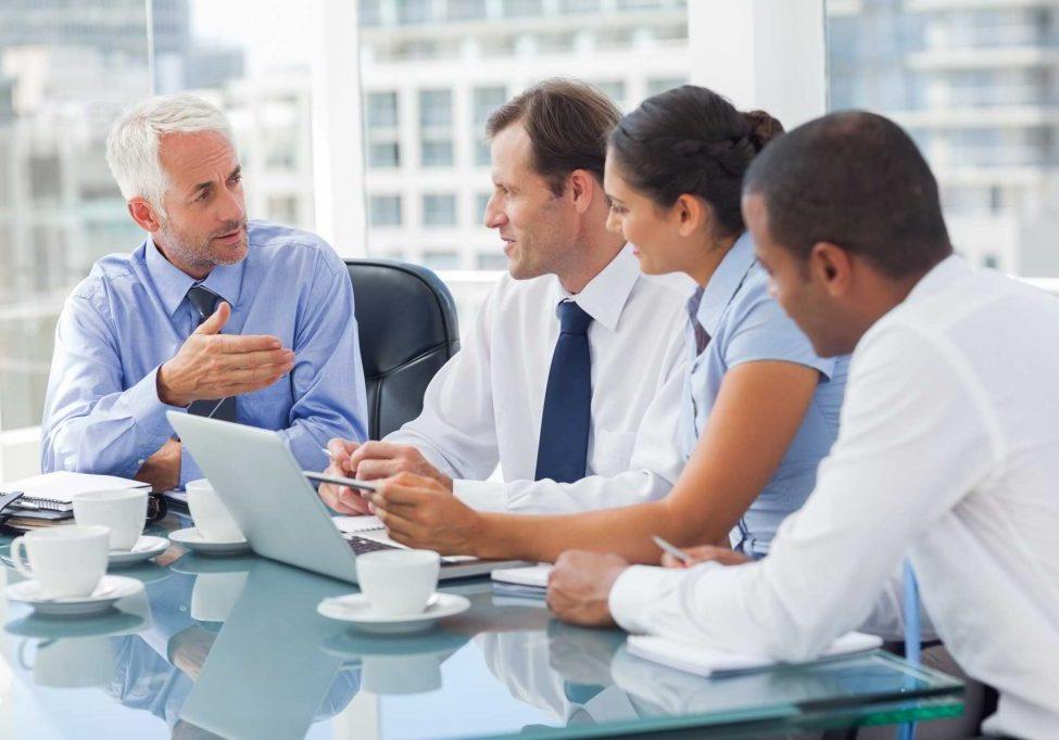 business-team_ss_139235900